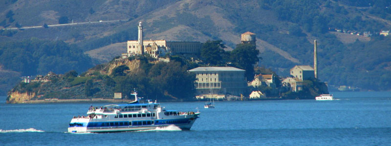 sf-bay-cruise-tour-by-ferry-Alcatraz-